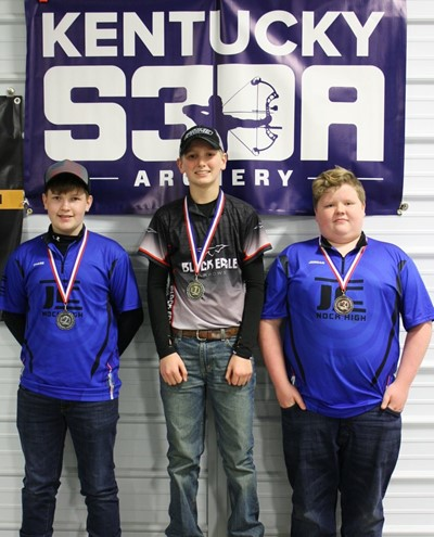 Congratulations to Asa Flowers on becoming the 2018 S3DA Kentucky State Champion in Indoor 5-Spot Middle School Male Open Division in Archery for the SECOND year in a row.