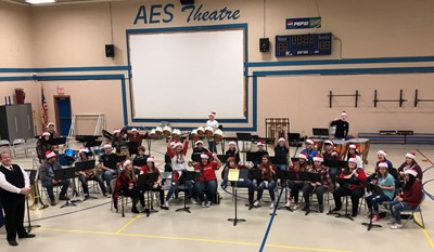 The Clinton County High School Band visited ECC, AES, & CCMS performing their Christmas program & then celebrated with lunch at Major's Pizza!