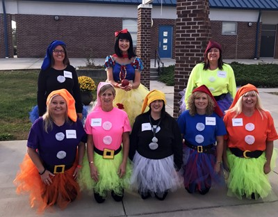 Snow White and the Seven Dwarfs visited ECC on Halloween!