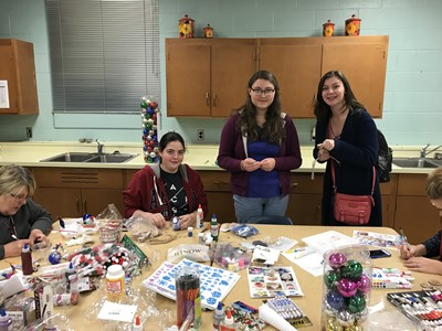 GEAR UP hosted an after school ornament decorating event on Tuesday, December 5th for all freshmen students at CCHS and their parents.