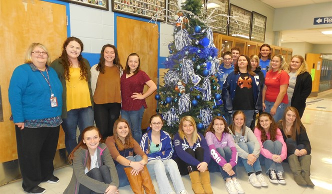 Students get in the Christmas spirit at CCHS.