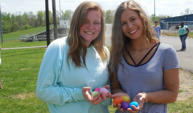 "CCHS students enjoy a College and Career Readiness ""Eggstravaganza""!"
