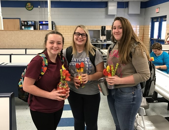 CCHS students got to turn fruit into art at an Edible Arrangement Event hosted by GEAR UP on February 27th.