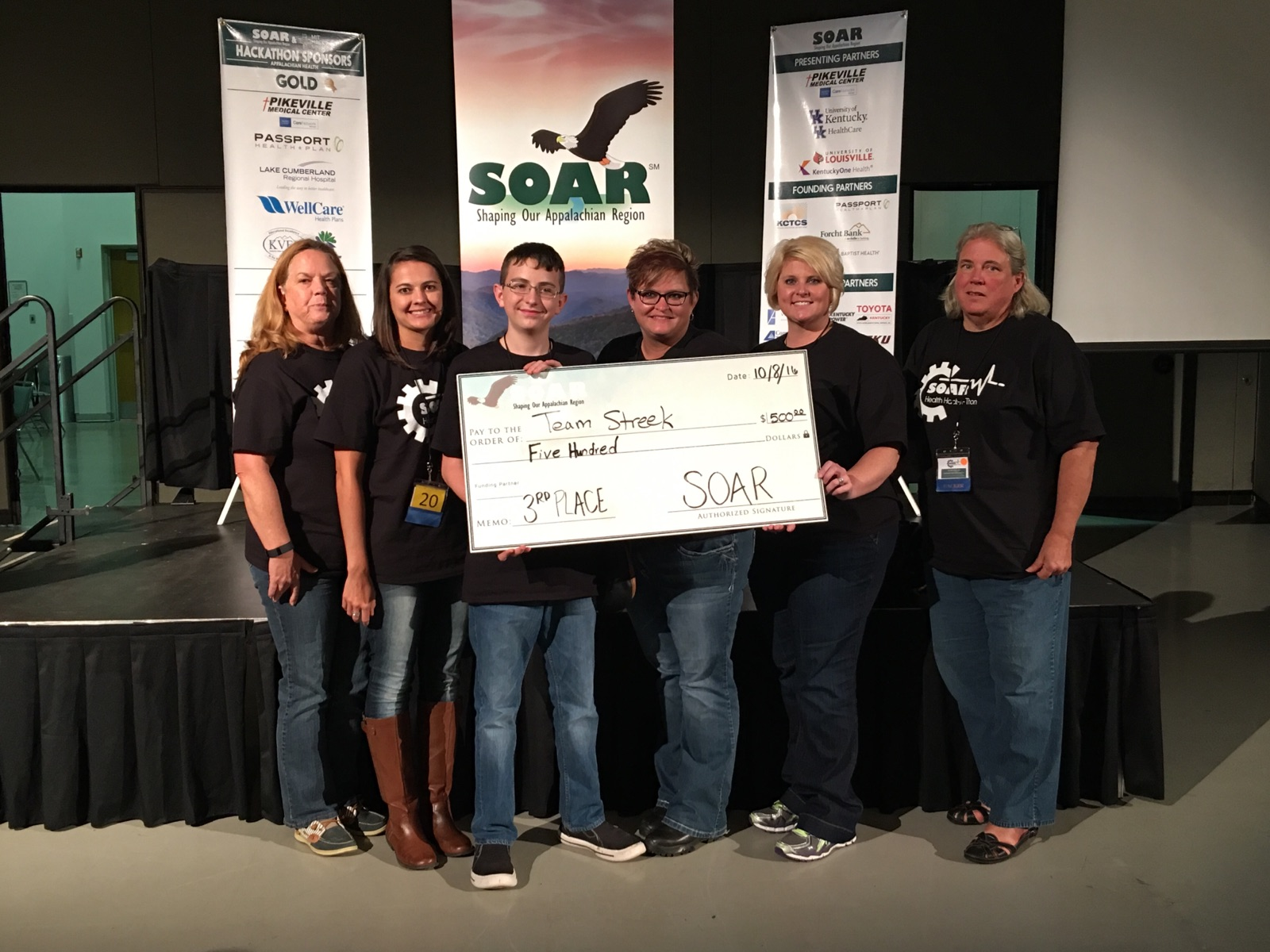 Clinton County High School sophomore James Cecil participated in the SOAR Appalachian Health Hack-a-Thon on October 6-8, 2016.